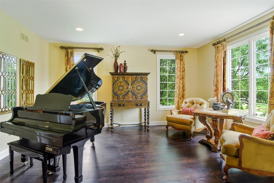 Real Estate Photography - 22358 N. Prairie Lane, Kildeer, IL, 60047 - Living Room