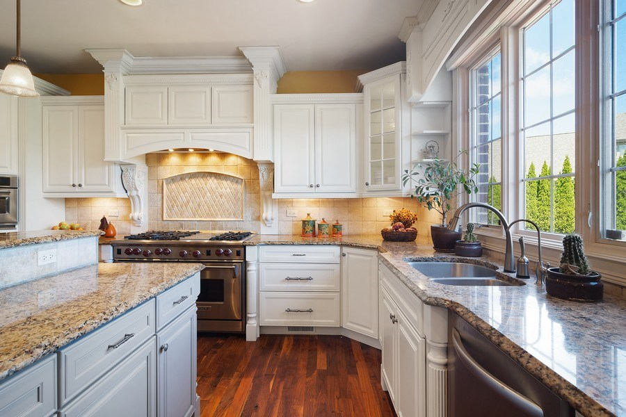 Real Estate Photography - 22358 N. Prairie Lane, Kildeer, IL, 60047 - Kitchen