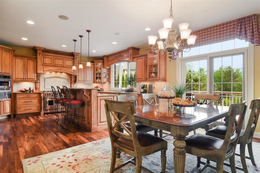 Real Estate Photography - 22358 N. Prairie Lane, Kildeer, IL, 60047 - Kitchen / Breakfast Room