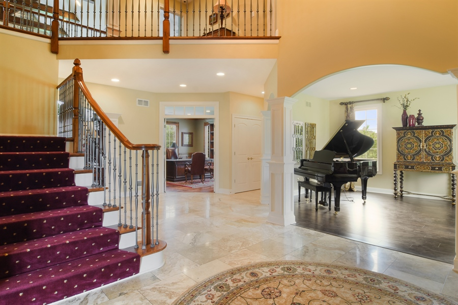 Real Estate Photography - 22358 N. Prairie Lane, Kildeer, IL, 60047 - Foyer