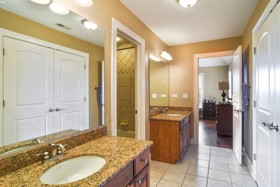 Real Estate Photography - 22358 N. Prairie Lane, Kildeer, IL, 60047 - 2nd Bathroom