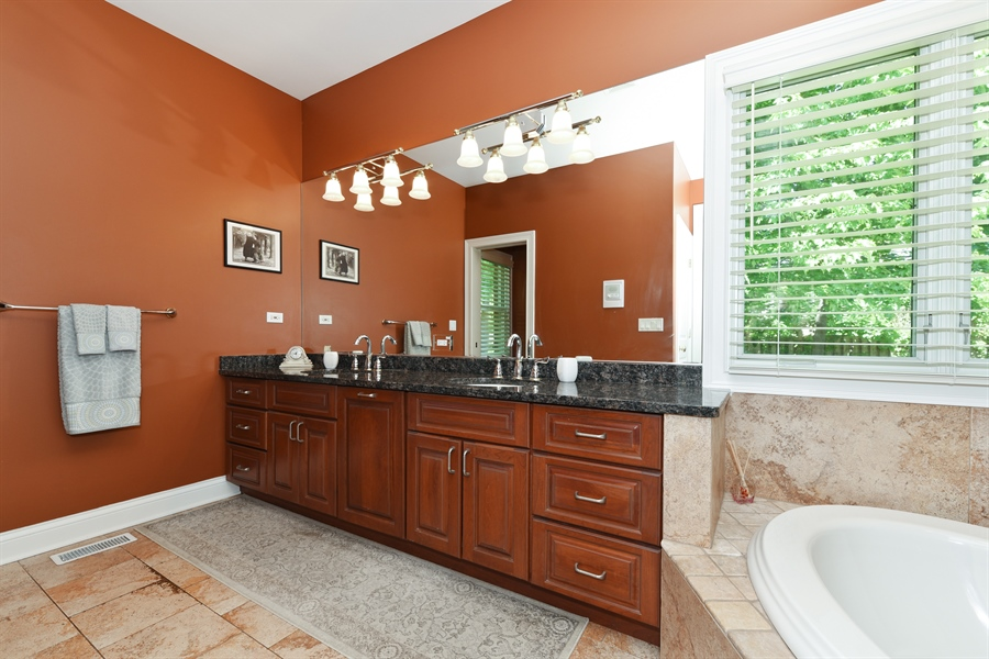 Real Estate Photography - 349 woodland ct, palatine, IL, 60067 - Master Bathroom