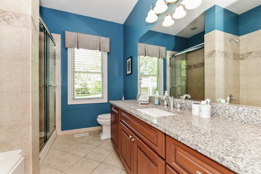 Real Estate Photography - 349 woodland ct, palatine, IL, 60067 - Bathroom