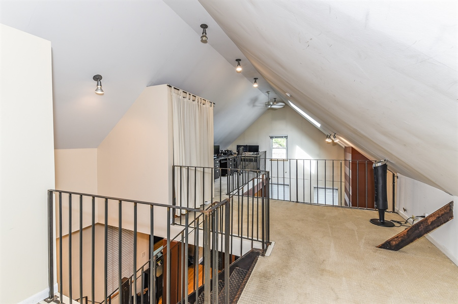 Real Estate Photography - 1416 N. Greenview, Chicago, IL, 60642 - Loft