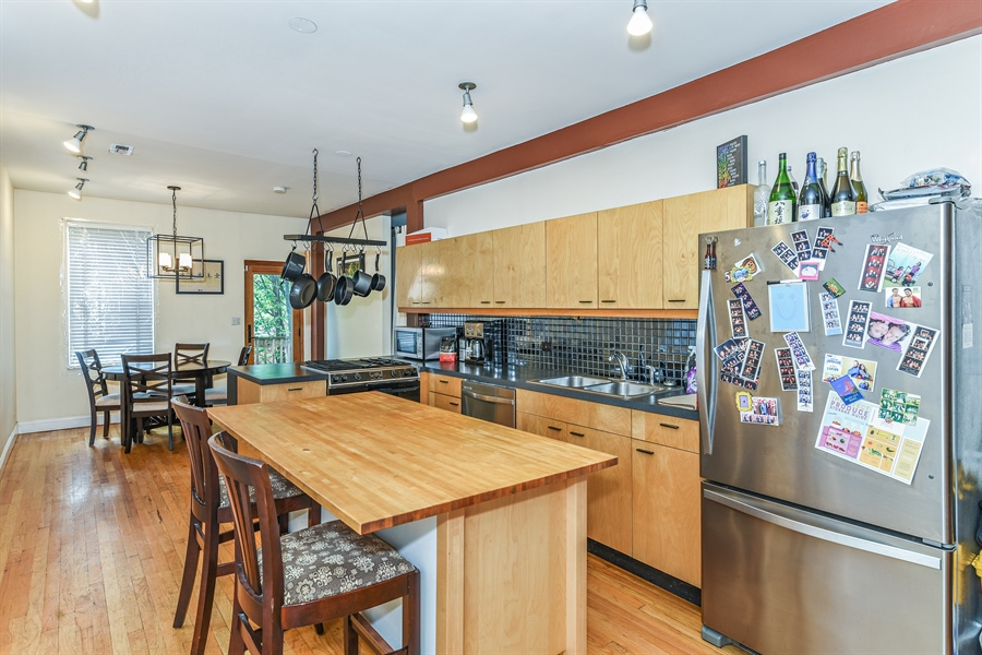 Real Estate Photography - 1416 N. Greenview, Chicago, IL, 60642 - Kitchen