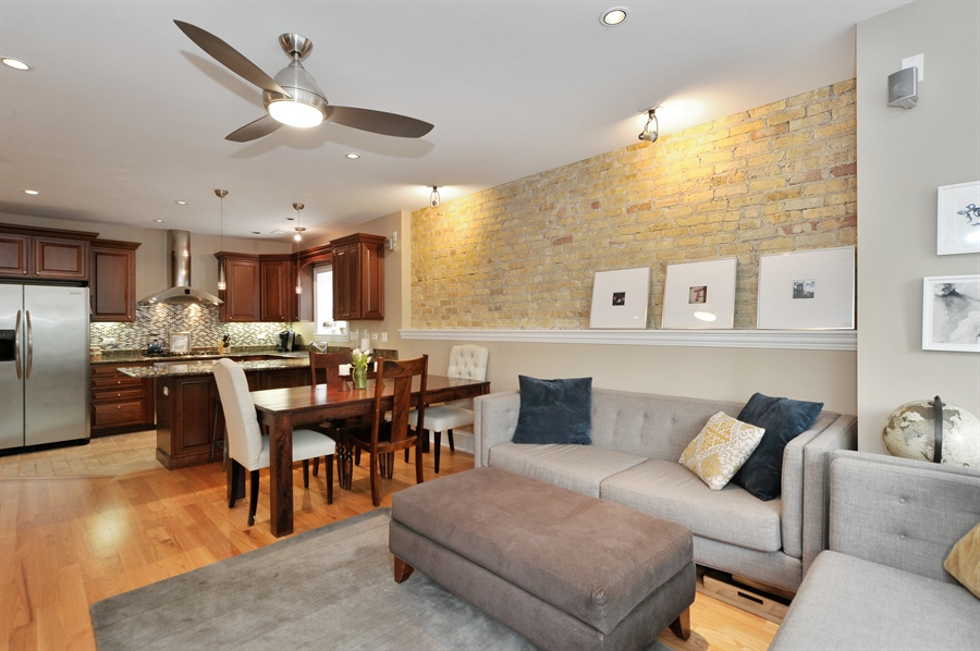 Real Estate Photography - 3933 N Marshfield Ave, Unit 2s, Chicago, IL, 60613 - Living Room/Dining Room