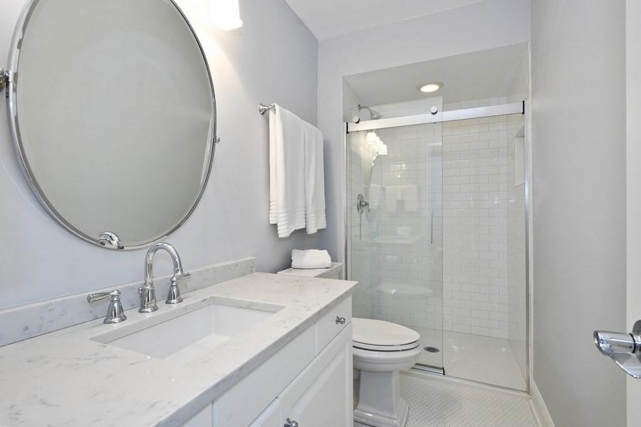 Real Estate Photography - 28367 W Heritage Oaks Rd, Barrington, IL, 60010 - 4th Bathroom