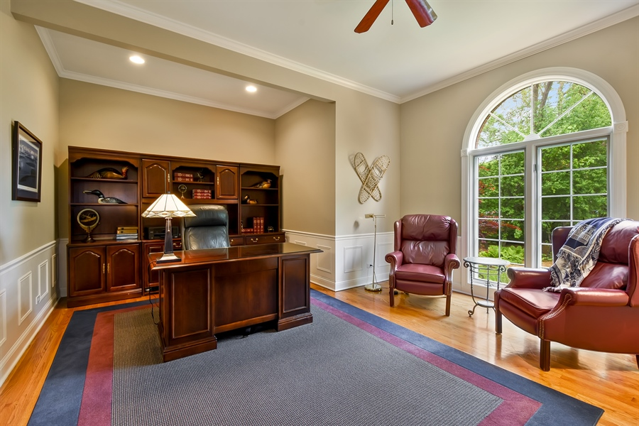 Real Estate Photography - 28367 W Heritage Oaks Rd, Barrington, IL, 60010 - Office