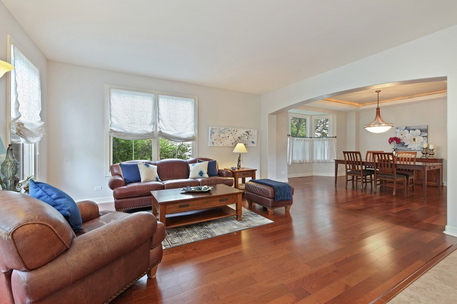 Real Estate Photography - 2223 Thistle, Glenview, IL, 60026 - Living Room
