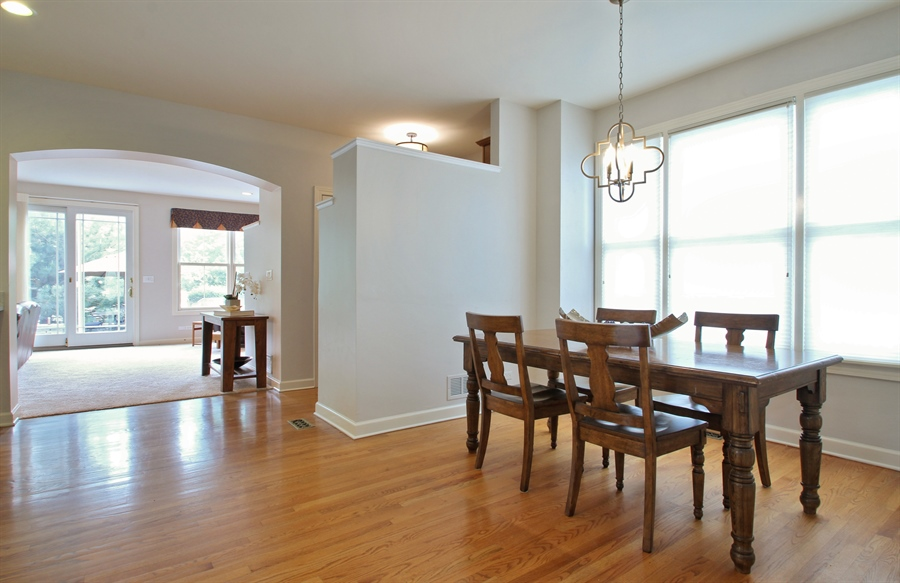 Real Estate Photography - 2223 Thistle, Glenview, IL, 60026 - Breakfast Area