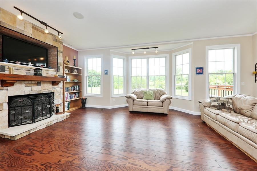 Real Estate Photography - 1679 Carolyn Drive, Benton Harbor, MI, 49022 - Living Room