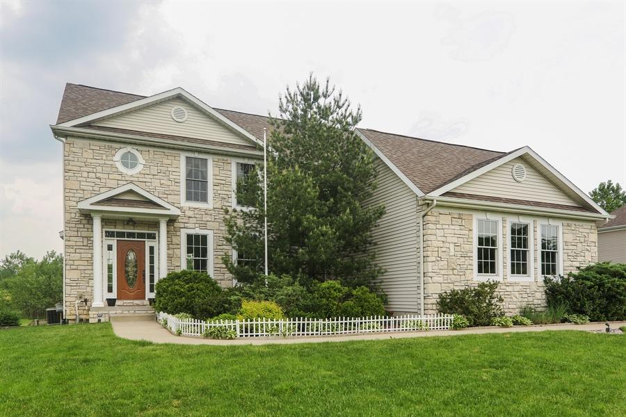 Real Estate Photography - 1679 Carolyn Drive, Benton Harbor, MI, 49022 - Front View