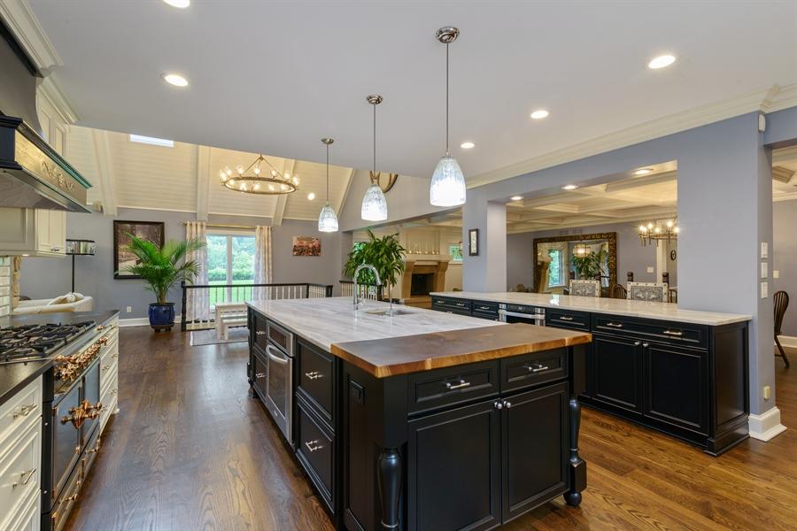 Real Estate Photography - 63 Brinker Rd, Barrington Hills, IL, 60010 - Kitchen