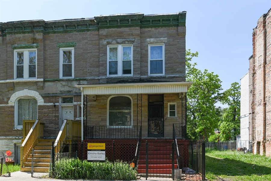 Real Estate Photography - 3227 W Fulton Blvd, Chicago, IL, 60624 - Front View