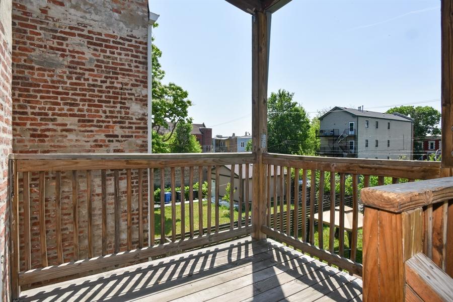 Real Estate Photography - 3227 W Fulton Blvd, Chicago, IL, 60624 - Deck