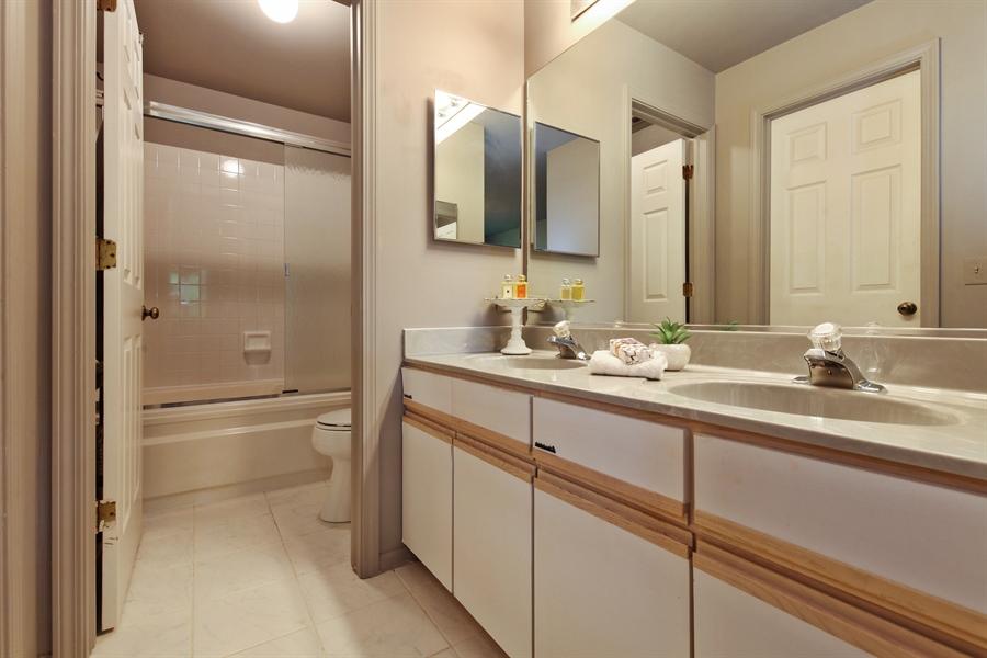 Real Estate Photography - 2527 Live Oak, Buffalo Grove, IL, 60089 - Master Bathroom