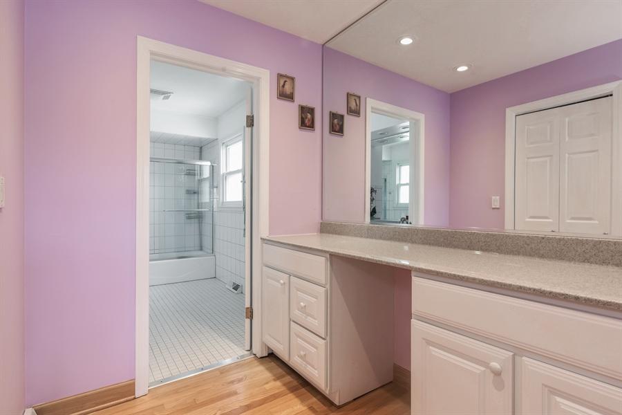 Real Estate Photography - 6902 Lockwood, Skokie, IL, 60077 - Master Bathroom
