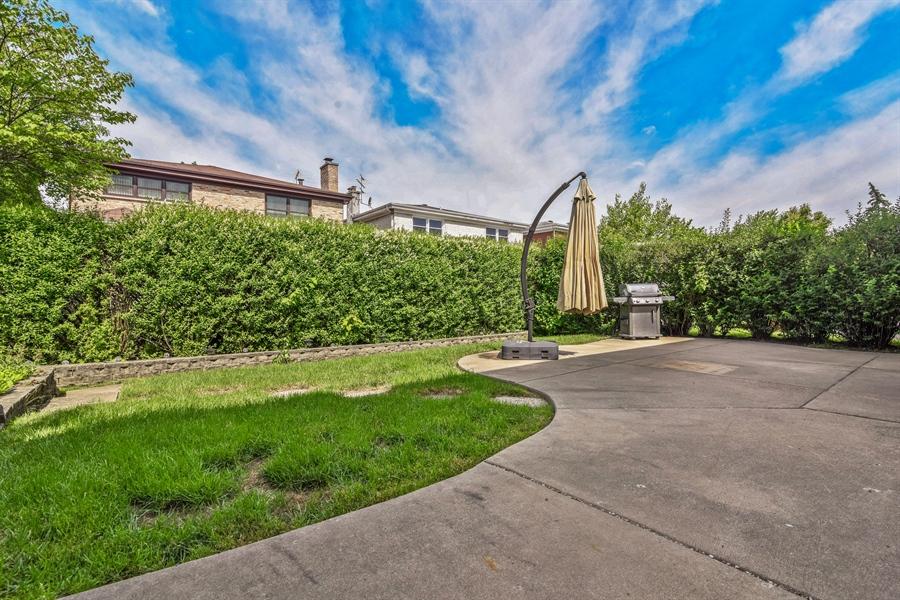 Real Estate Photography - 6902 Lockwood, Skokie, IL, 60077 - Back Yard