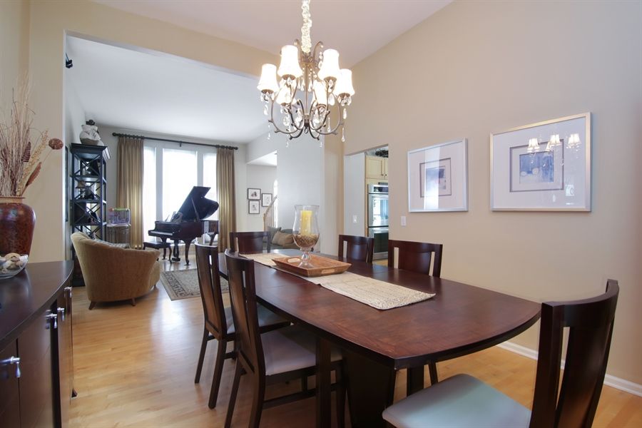 Real Estate Photography - 2584 Joshua Ln, Northbrook, IL, 60062 - Dining Room
