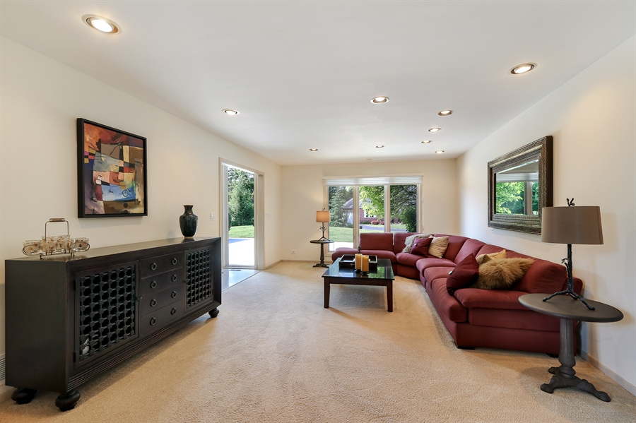 Real Estate Photography - 3041 Cyprus Court, Buffalo Grove, IL, 60089 - Living Room
