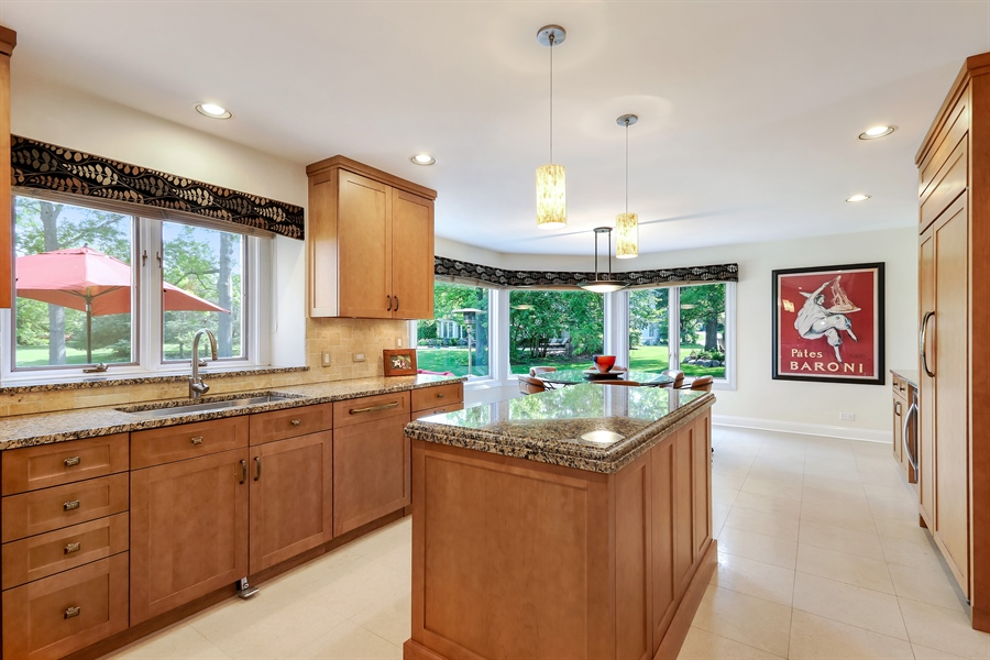 Real Estate Photography - 3041 Cyprus Court, Buffalo Grove, IL, 60089 - Kitchen