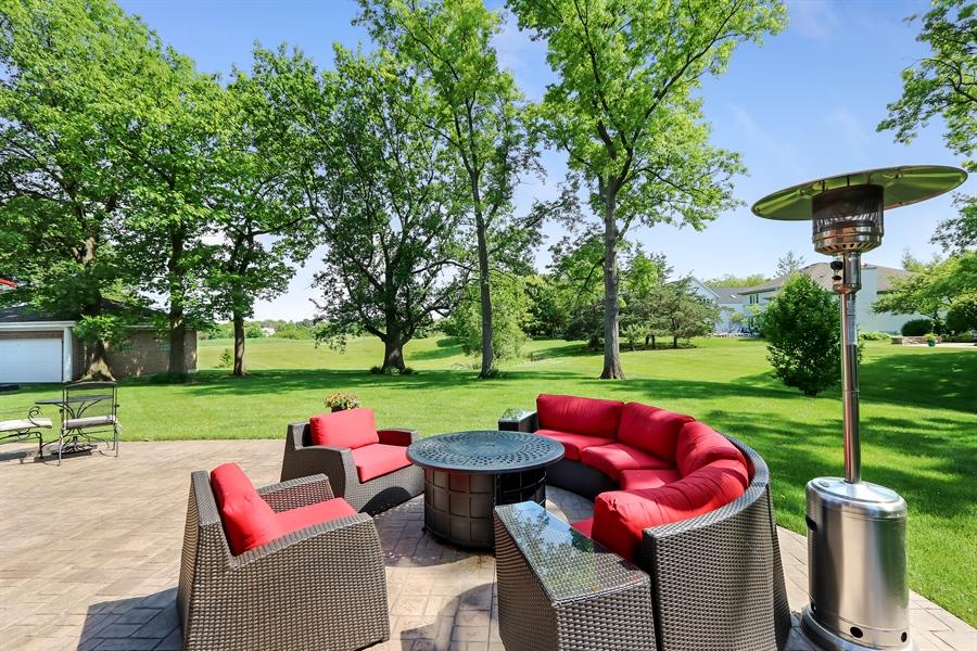 Real Estate Photography - 3041 Cyprus Court, Buffalo Grove, IL, 60089 - Back Yard