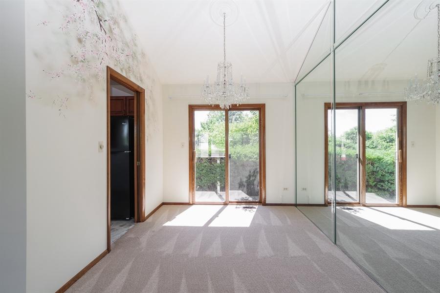 Real Estate Photography - 635 Penn Blvd, Lindenhurst, IL, 60046 - Dining Room