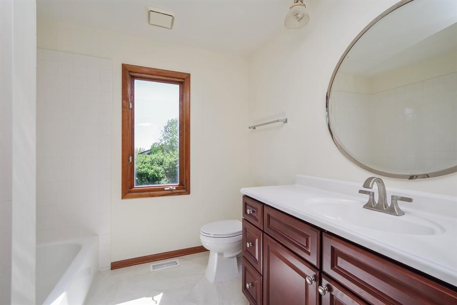 Real Estate Photography - 635 Penn Blvd, Lindenhurst, IL, 60046 - Bathroom