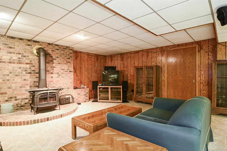 Real Estate Photography - 4509 N Krueger, Long Grove, IL, 60047 - Lower Level