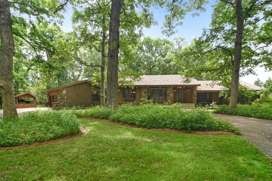 Real Estate Photography - 4509 N Krueger, Long Grove, IL, 60047 - Front View