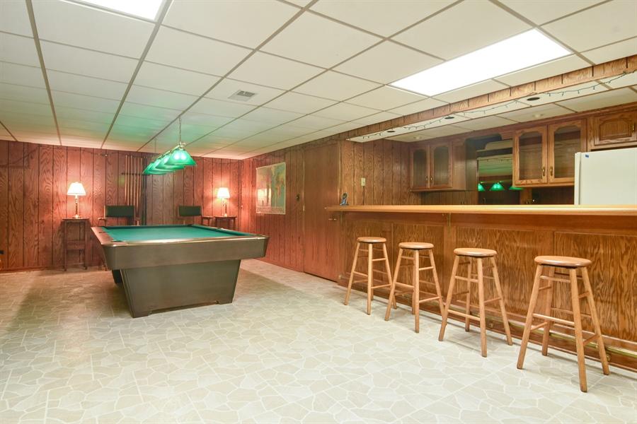Real Estate Photography - 4509 N Krueger, Long Grove, IL, 60047 - Bar