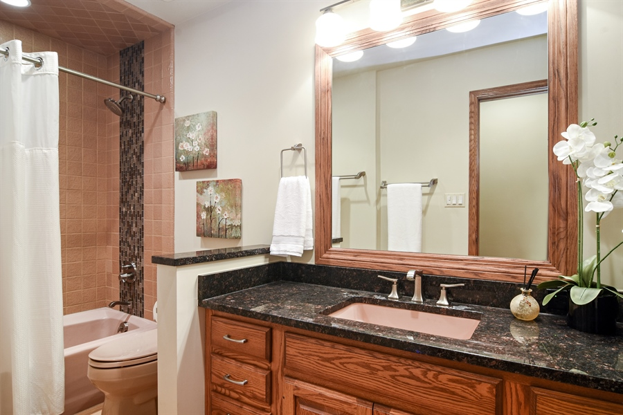 Real Estate Photography - 4509 N Krueger, Long Grove, IL, 60047 - Bathroom