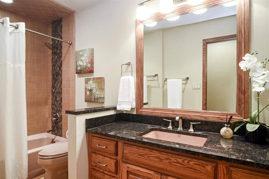 Real Estate Photography - 4509 N Krueger, Long Grove, IL, 60047 - Bathroom