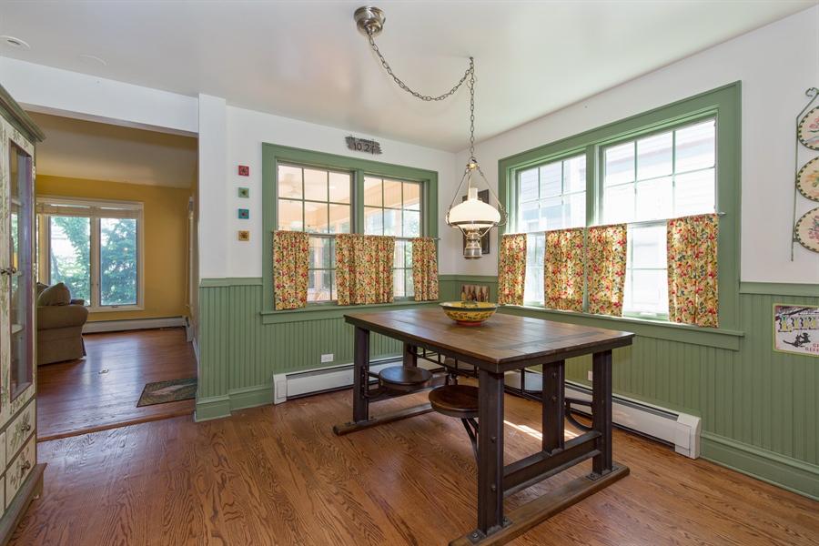Real Estate Photography - 2111 Ridge Ave, Evanston, IL, 60201 - Breakfast Nook