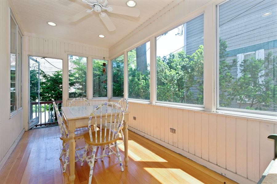 Real Estate Photography - 2111 Ridge Ave, Evanston, IL, 60201 - Sun Room