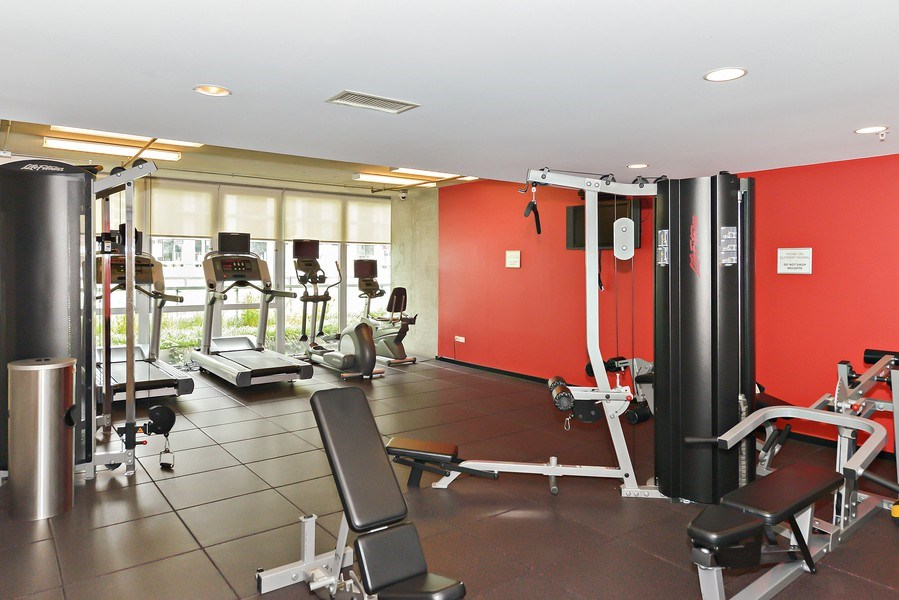 Real Estate Photography - 659 W Randolph St, Unit 410, Chicago, IL, 60661 - Fitness Room