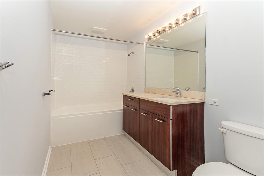 Real Estate Photography - 659 W Randolph St, Unit 410, Chicago, IL, 60661 - Bathroom