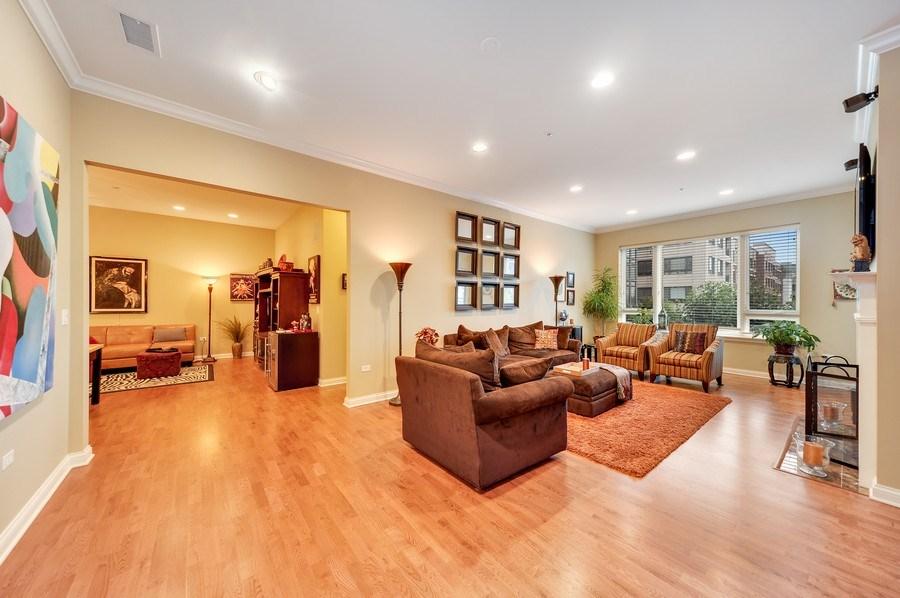 Real Estate Photography - 1000 Village Center Dr, Burr Ridge, IL, 60527 - Living Room