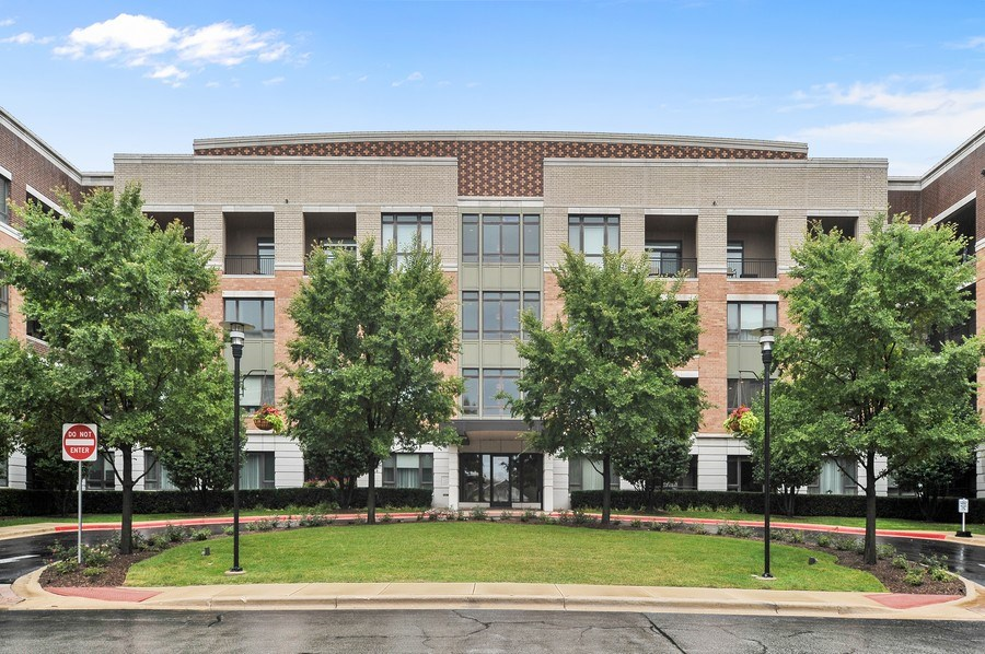 Real Estate Photography - 1000 Village Center Dr, Burr Ridge, IL, 60527 - Front View