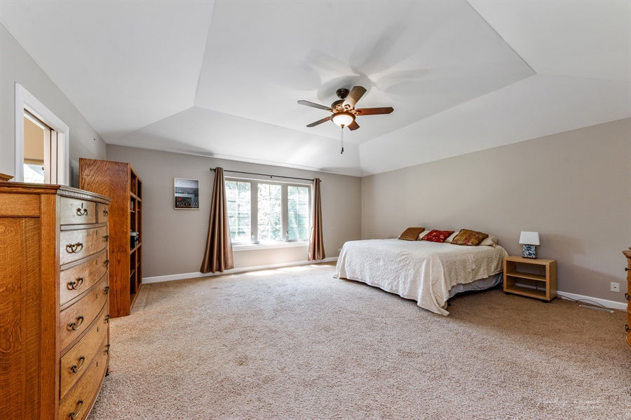 Real Estate Photography - 21530 W Sylvan Dr, Mundelein, IL, 60060 - Master Bedroom