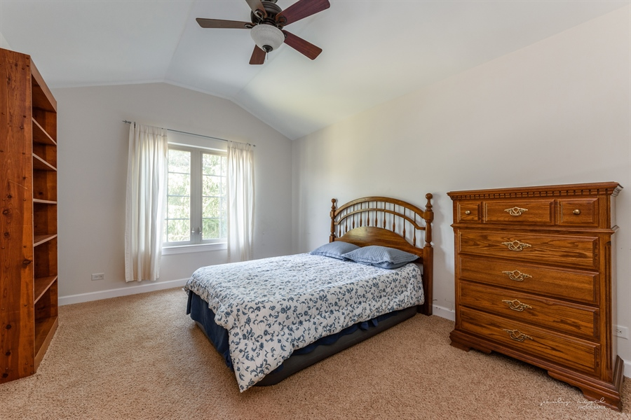 Real Estate Photography - 21530 W Sylvan Dr, Mundelein, IL, 60060 - 2nd Bedroom