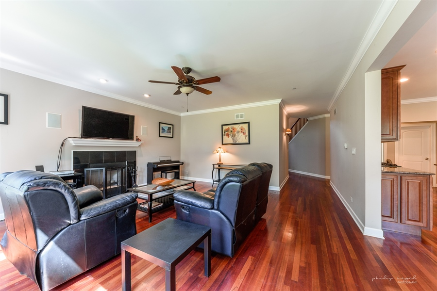 Real Estate Photography - 21530 W Sylvan Dr, Mundelein, IL, 60060 - Family Room