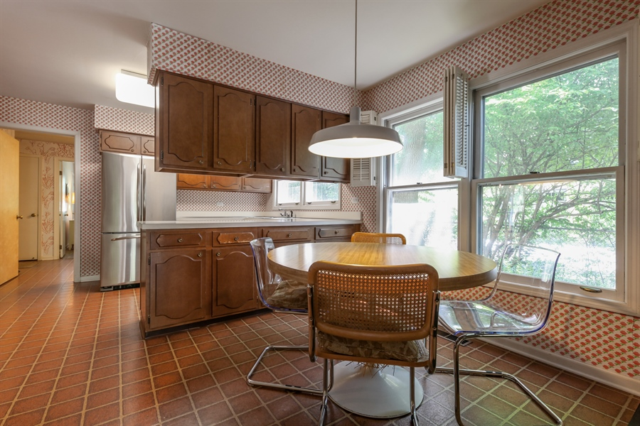 Real Estate Photography - 306 Prospect, Highland Park, IL, 60035 - Kitchen / Breakfast Room