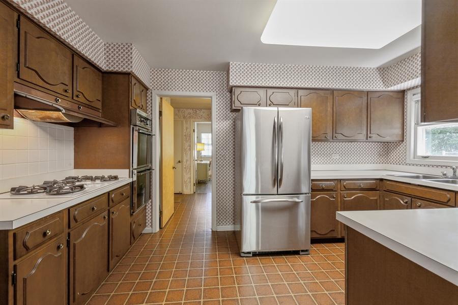 Real Estate Photography - 306 Prospect, Highland Park, IL, 60035 - Kitchen