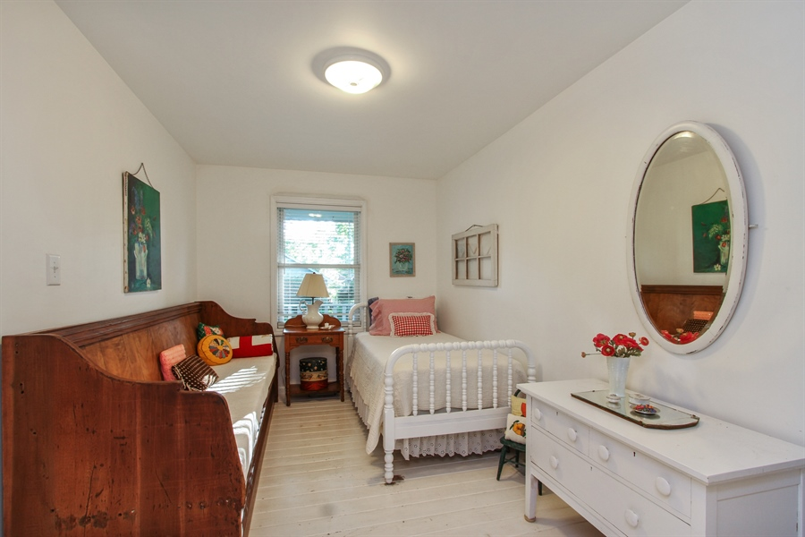 Real Estate Photography - 42675 Woodbine Ave, Antioch, IL, 60002 - 1st floor bedroom