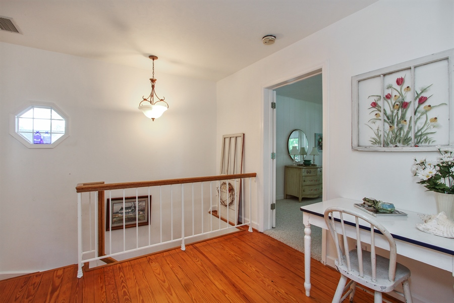 Real Estate Photography - 42675 Woodbine Ave, Antioch, IL, 60002 - Loft