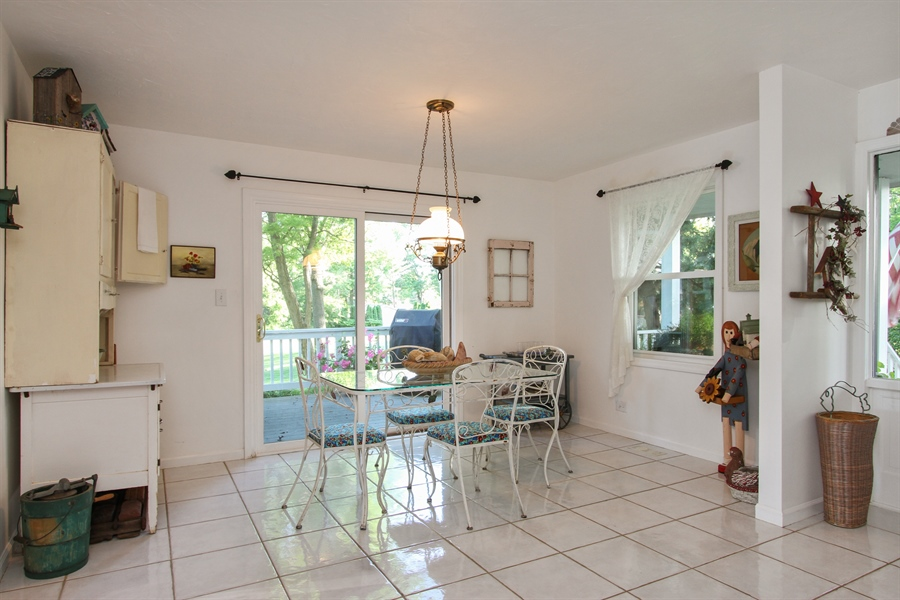 Real Estate Photography - 42675 Woodbine Ave, Antioch, IL, 60002 - Breakfast Nook