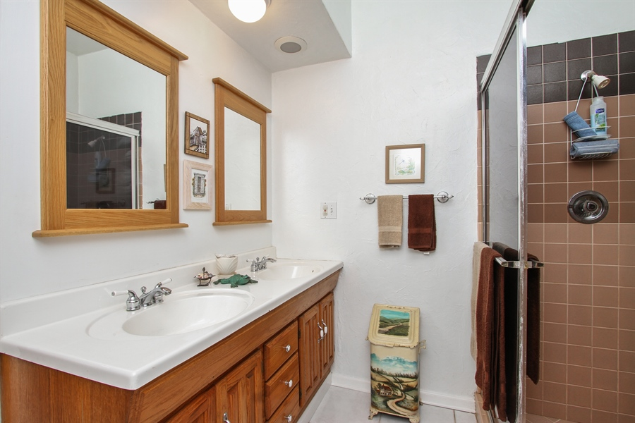 Real Estate Photography - 42675 Woodbine Ave, Antioch, IL, 60002 - 2nd Bathroom
