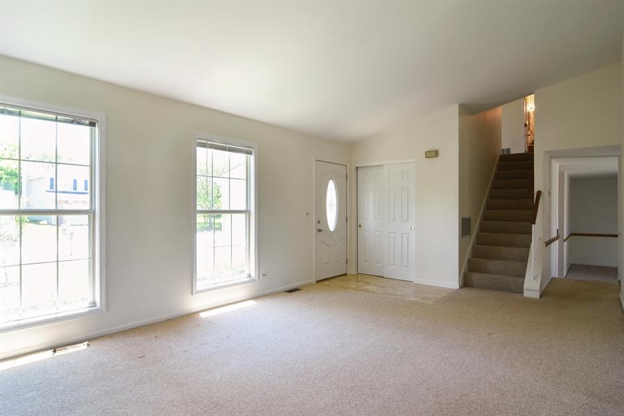 Real Estate Photography - 101 E Harbor Drive, Lake Zurich, IL, 60047 - Living Room