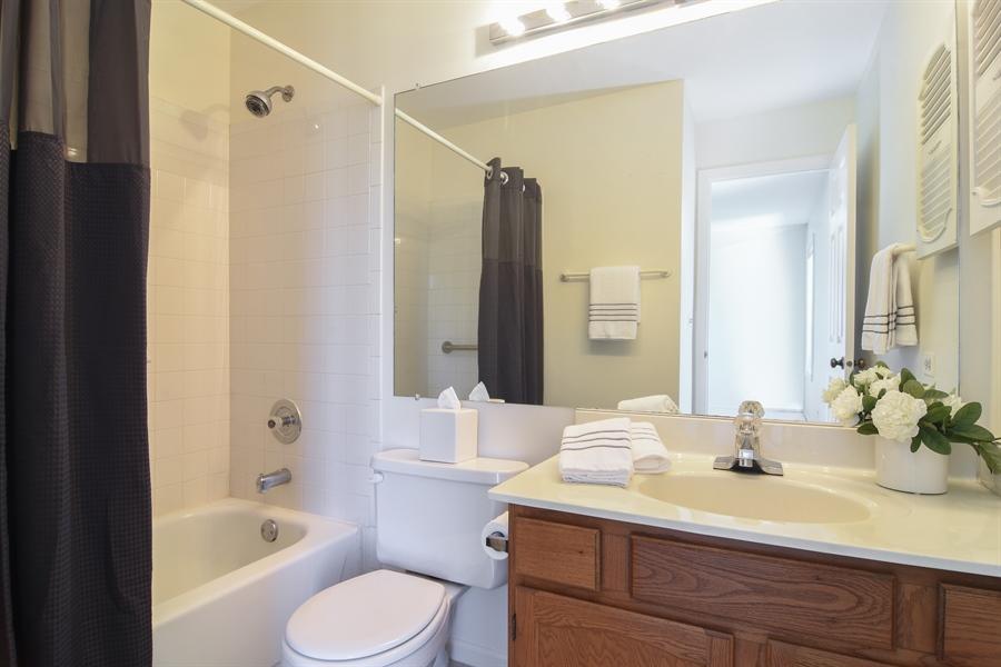 Real Estate Photography - 101 E Harbor Drive, Lake Zurich, IL, 60047 - Master Bathroom